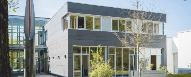 SZ Bildung - HFU Business School - Hochschule Furtwangen - MBA April18 165 1 669x272