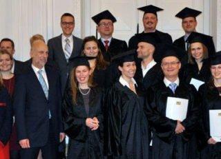 brand_sde_detail_MBA_Gesundheitsmanagement_Absolventen-2014