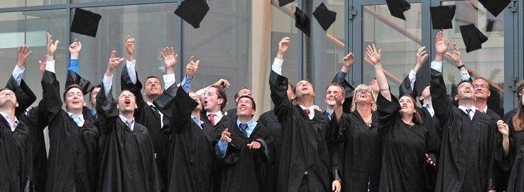 MBA International Business Management & Leadership Abschluss Hutwurf