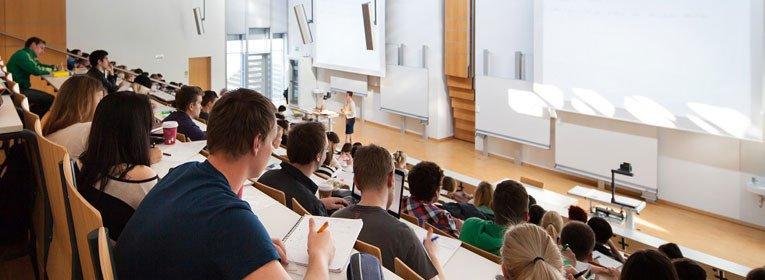 Hochschule Landshut Hörsaal MBA