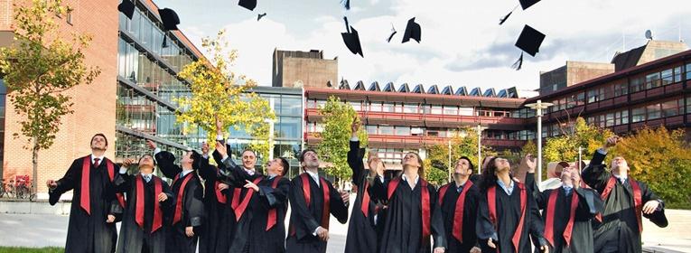 Hutwurf WFA Nürnberg Erlangen MBA-Absolventen