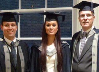 mba_ecbm_graduates_3_indoor