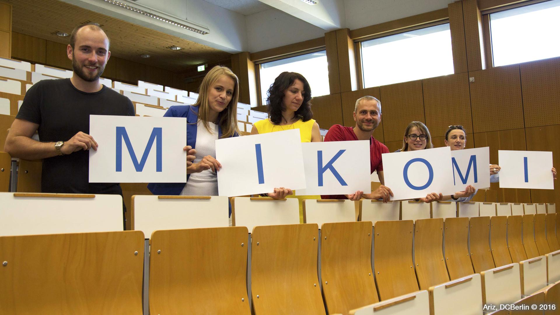 SZ-Bildungsmarkt MIKOMI Studenten im Hörsaal